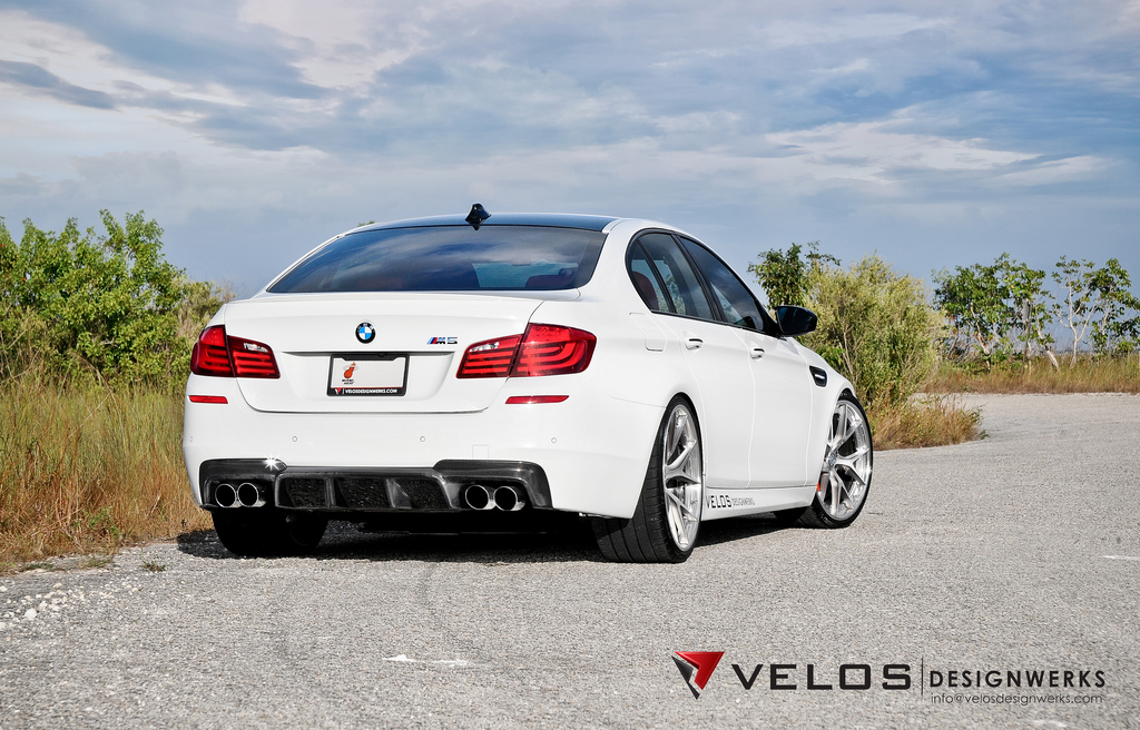 http://www.gtspirit.com/wp-content/gallery/2013-bmw-f10-m3-on-hre-wheels-by-velos-designwerks/8266387596_b72d492484_b.jpg